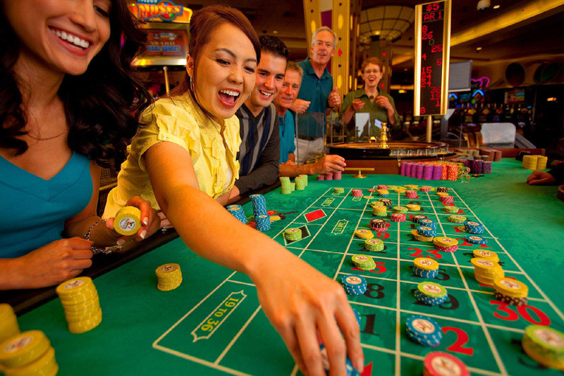 How Online Casinos Games Become Interesting With Blackjack Strategy