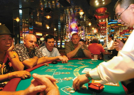 Steps To Become A Poker Dealer